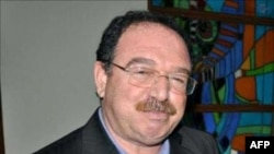 Diyabakır məhkəməsi 6 kürd siyasətçinin həbsdə qalmasına qərar verib
