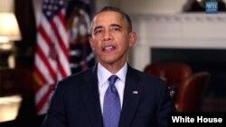 El presidente Obama dijo que el gobierno se esfuerza por garantizar empleo a los militares que retornan de las guerras.