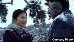 Кадр из фильма «Другой склон горы»