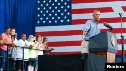 美国总统奥巴马2014年9月1日在威斯康辛州发表讲话纪念劳工节。