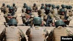 Turkiya Iroq shimolidagi Bashiqa harbiy mazasida qariyb 3 ming sunniy jangchini va kurd peshmerga askarilarini mashqdan o'tkazmoqda.