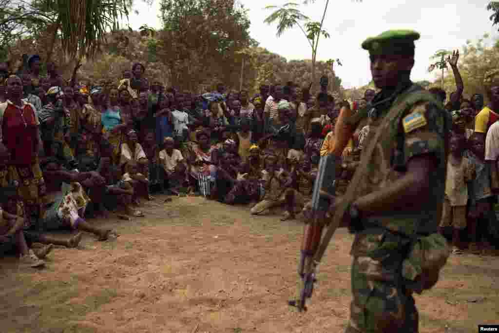 وسطی افریقی جمہوریہ کے عبوری صدر میشل جتودیا نے ملک میں جاری کشیدگی کو ختم کرنے کے لیے اپنے عہدے سے استعفیٰ دے دیا تھا۔