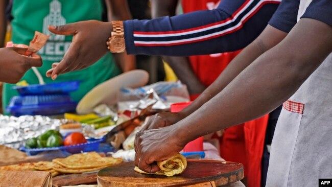 """Résultat de recherche d'images pour """"rolex à kampala"""""""