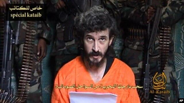 Francuski agent Denis Aleks na snimku postavljenom na veb sajtove islamističkih militanata 9. juna 2010.