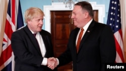 Госсекретарь США Майк Помпео и министр иностранных дел Великобритании Борис Джонсон. Вашингтон, США. 7 мая 2018 г.