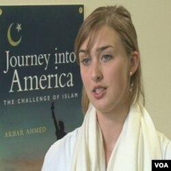 """Hailey Woldt, istraživačica i članica tima koji je radio na snimanju dokumentarnog filma """"Putovanje u Ameriku"""""""