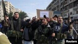 Xác của những người Libăng được đưa về Tripoli từ Syria, ngày 9/12/2012.