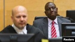 윌리엄 루토 케냐 부통령이 10일 네델란드 헤이그 국제형사재판소에서 열린 반인륜범죄 혐의 재판에 출석했다.