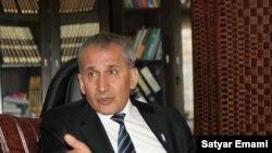 Dr. Fazil Omer