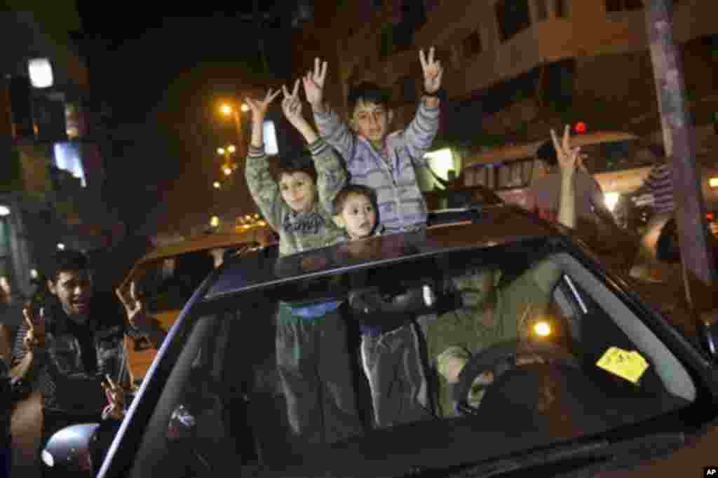 After eight days of conflict, Palestinians celebrate Israel-Hamas cease-fire, Gaza City, Nov. 21, 2012.