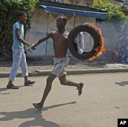 Un partisant de Ouattara à Abidjan