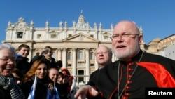 Đức Hồng Y Reinhard Marx, Chủ tịch Hội đồng Giám mục Đức phát biểu tại Quảng trường Thánh Phêrô ở Vatican.