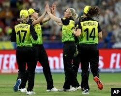 بھارت اور آسٹریلیا کے درمیان ورلڈ کپ مقابلے کا ایک منظر 21 فروری 2020