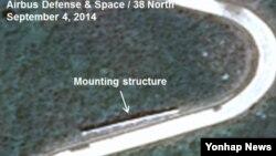 북한이 평안북도 철산군의 서해 동창리 로켓 발사장의 증축 작업이 거의 완료된 것으로 보인다고 북한전문 웹사이트인 '38노스'가 1일 밝혔다. 사진은 38노스가 공개한 위성사진.