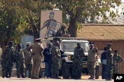 Des policiers dans la rue à Lilongwe