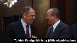 Dışişleri Bakanı Mevlüt Çavuşoğlu ile Rusya Dışişleri Bakanı Sergey Lavrov Antalya'da Türkiye-Rusya Üst Düzey İşbirliği Konseyi'ne bağlı Ortak Stratejik Planlama Grubu'nun toplantısına başkanlık edecek