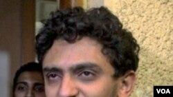 Wael Ghonim, Kepala Pemasaran Google untuk Timur Tengah dan Afrika Utara, beberapa jam setelah dibebaskan.