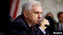 Сенатор-демократ Джек Рид (архивное фото)