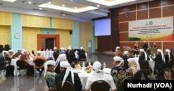 Pimpinan PTKIN menyelaraskan program anti radikalisasi di kampus. (Foto: VOA/Nurhadi)