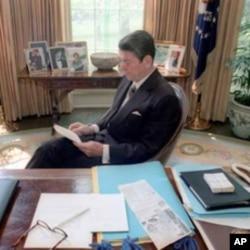里根总统在白宫