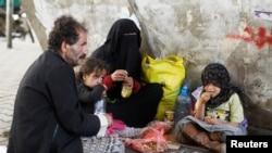 REUTERS - HOMELESS FAMILY IN SANAA, YEMEN