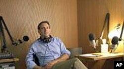 美国广播纪实节目制作人大卫.艾塞