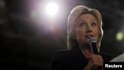 Bà Hillary Clinton phát biểu tại một buổi vận động ở Tampa, Florida, 6/9/2016.