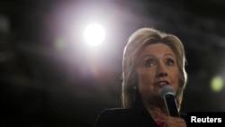 Hilari Klinton govori na Univerzitetu Južne Floride u Tampi