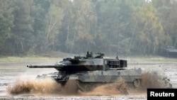 Türkiye, 20 Ocak'ta başlayan Afrin operasyonunda Alman üretimi Leopard 2 tanklarını kullanıyor