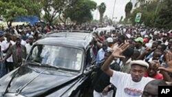 Mwanaharakati wa mazingira Wangari Maathai aagwa rasmi