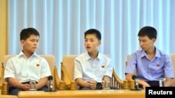 지난 21일 북한 관영매체들은 라오스에서 북송된 탈북 청소년들의 좌담회 내용을 보도했다. (자료사진)