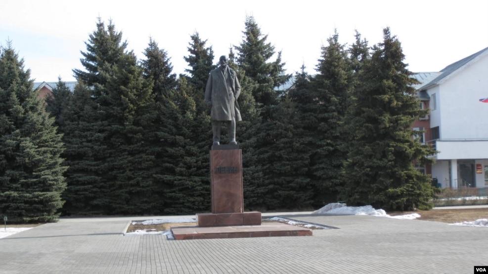 列宁像在乌克兰已被全部推倒