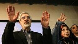 دیدار فرزندان میرحسین موسوی و زهرا رهنورد با آنان