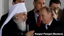 Patrijarh Irinej i predsednik Rusije Vladimir Putin u Hramu Svetog Save u Beogradu, januara 2019.