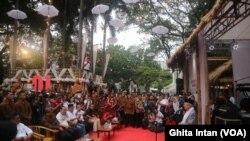 """Calon Wakil Presiden nomor urut satu, Ma'ruf Amin meresmikan """"Rumah Aspirasi"""" di Jalan Proklamasi, Jakarta Pusat, Minggu (4/11)."""