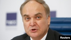 아나톨리 안토노프 러시아 외무차관.