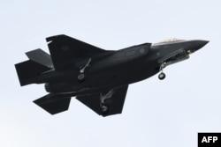 Pesawat jet tempur AS F-35 (foto: dok).