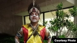 Billy Mambrasar, anak Papua pertama yang diterima di Universitas Harvard (foto: dok. pribadi).