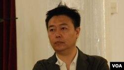 時事評論員潘小濤表示,中國公民運動短期內不會有突破性發展 (美國之音特約記者湯惠芸拍攝)