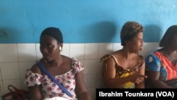 L'accès aux soins de santé reste une préoccupation majeure pour de nombreux ivoiriens, Côte d'Ivoire, 29 mai 2017. (VOA/Ibrahim Tounkara).