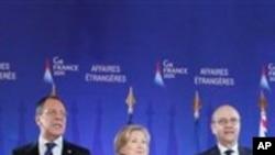 Ռուսաստանի, ԱՄՆ-ի և Ֆրանսիայի արտգործնախարարները Փարիզում՝ Մեծ ութնյակի հանդիպման ժամանակ, մարտ 2011թ.