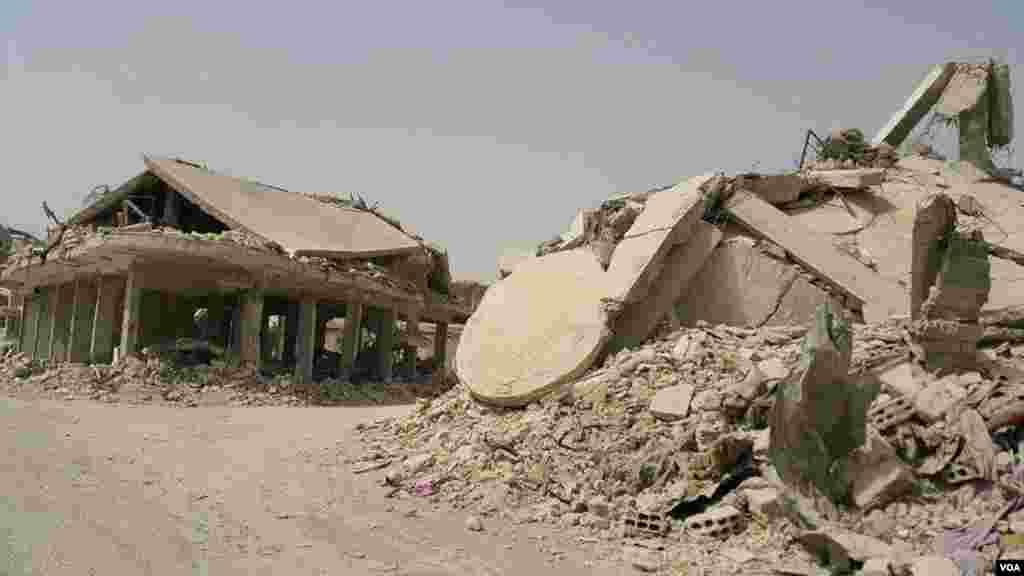 خانه هایی که ویران شده اند. کوبانی در استان حلب سوریه قرار دارد.