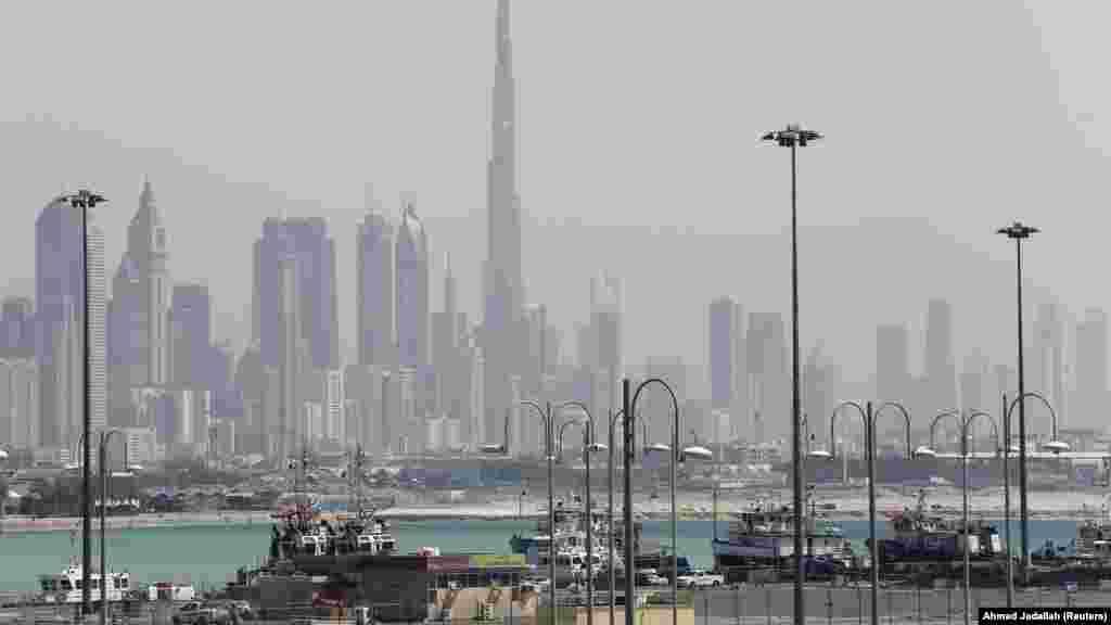 """Dubai é o """"Paraíso Protegido"""" no Médio Oriente. Tem uma valorização de 28.5% num ano. Lidera o TOP. Esta é uma boa altura para ser dono de uma casa neste Estado dos Emirados Árabes. O Dubai atrai especialmente investidores da Índia, Paquistão e Irão."""