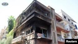 Şam'da Pazar günü bir askeri tesise yönelik bombalı saldırı binada hasara yol açtı.