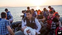 Des migrants fuients les conflits en Libye