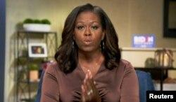 Michelle Obama, istri mantan presiden AS, Barrack Obama, memberikan sambutan pada pembukaan konvensi Partai Demokrat AS yang digelar secara virtual, 17 Agustus 2020.