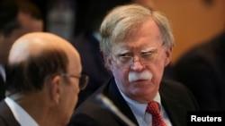 """El asesor de Seguridad Nacional de EE.UU., John Bolton, dijo el martes 6 de agosto de 2019 en Lima, Perú, que Venezuela ya es un estado """"paria"""" junto a Corea del Norte, Irán y Siria."""