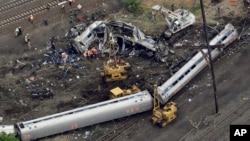 Comboio que descarrilou em Filadélfia a 12 de Maio