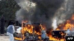 بمب گذار انتحاری در پاکستان ده نفر را کشت