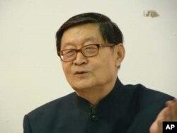 前天津大學社會學教授方焰